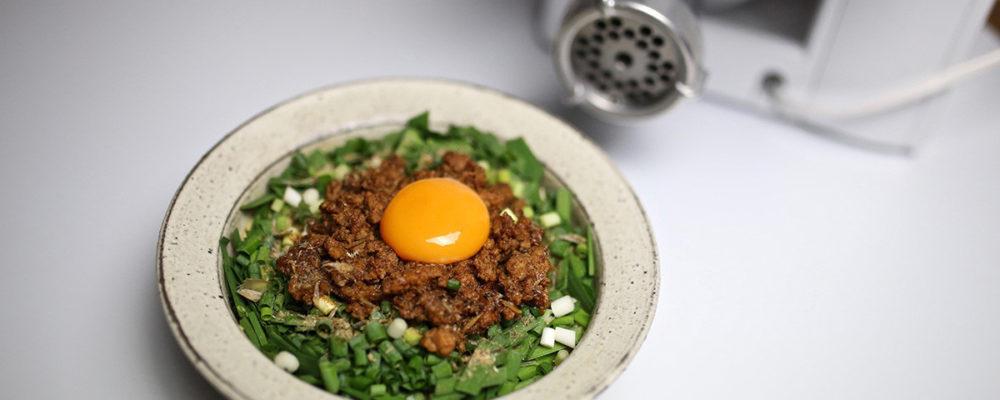 コンパクトキッチンマシンでひき肉から作る 台湾まぜそば